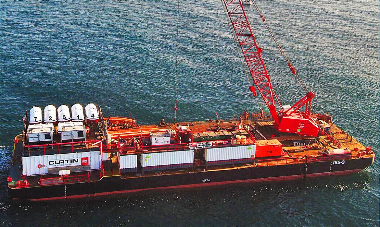Derrick Barge Db Salta Verde Curtin Maritime Tug