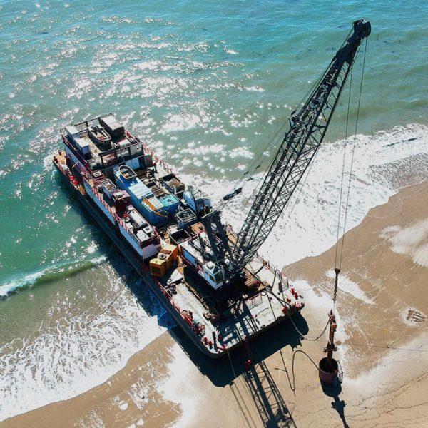 Crane Barges, Crane Vessel, Barges - Curtin Maritime, Corp