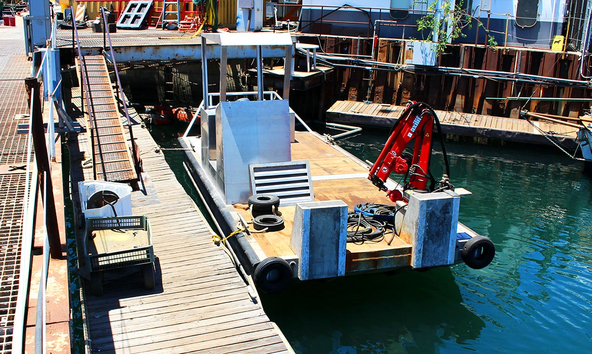 Power Scow Marine Construction